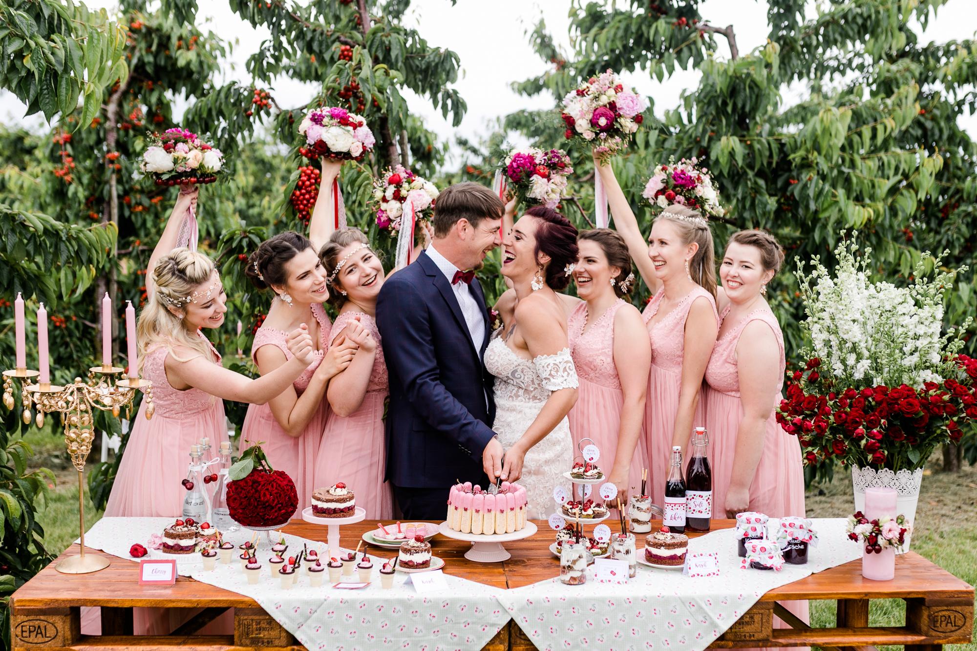 Wedding inspiration for professional florists: 'Cherrylicious'